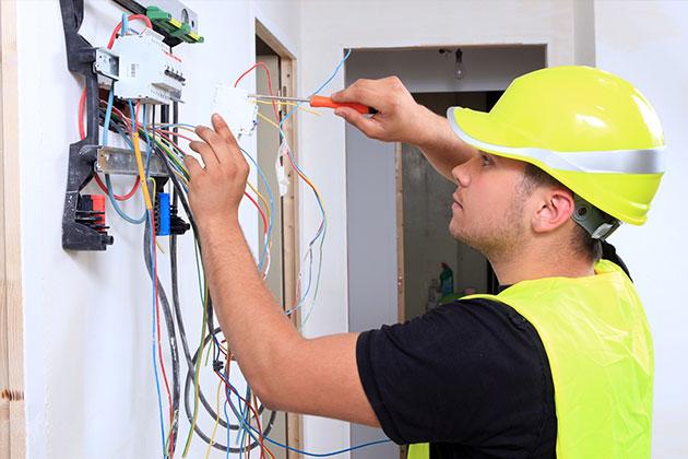 Les risques d'une installation électrique trop ancienne
